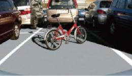 縦列駐車や車庫の出し入れを小型カメラで心強くサポート